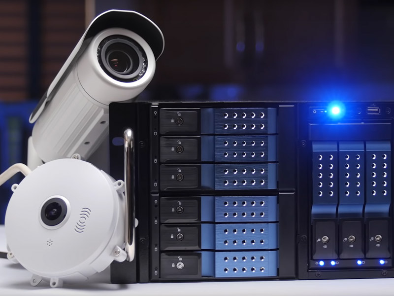 Iplivecams Streams Video Securely to Your Computer